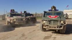 Binh lính Nga, Mỹ chạm trán, rượt đuổi nhau ở đông bắc Syria