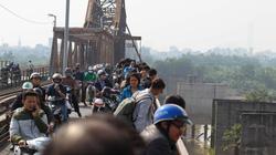 Hà Nội: Hoảng hồn phát hiện quả bom 280kg gần cầu Long Biên