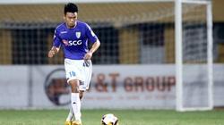 """Trung vệ Nguyễn Thành Chung: """"Tiền đạo"""" mới của HLV Park Hang-seo?"""