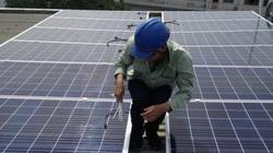 Người dân tiết kiệm được tiền triệu và có thu nhập nhờ lắp điện mặt trời