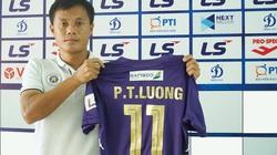 """Ký hợp đồng mới, Lương """"dị"""" thành công thần thứ hai của Hà Nội FC"""