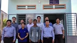 Tổng Công ty Điện lực miền Trung trao tặng nhà tình nghĩa tại Gia Lai