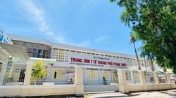 """Bình Thuận: 2 lãnh đạo Trung tâm Y tế bị cách chức vì để cấp dưới """"rút ruột"""" hơn 5,4 tỷ đồng"""