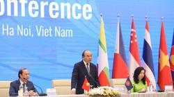 Thủ tướng Nguyễn Xuân Phúc: ASEAN không chọn bên nào giữa Trung Quốc và Mỹ