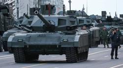 Nga bất ngờ gửi hàng chục xe tăng, vũ khí hạng nặng tới Syria