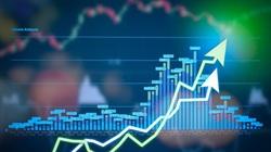 """Thị trường chứng khoán 8/6: Tiền cuồn cuộn """"chảy"""", VN-Index chinh phục hụt mốc 900 điểm"""