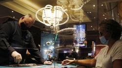 Nhân viên casino Las Vegas đồng loạt kiện công ty vì để lây lan dịch
