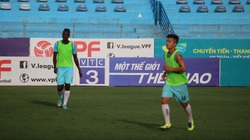 Tiền vệ Việt kiều Martin Lò hẹn toả sáng trước CLB Viettel nhờ... sân đẹp