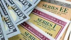 Đắt, rẻ phát hành trái phiếu quốc tế
