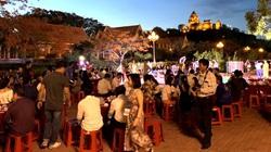 Tổ chức tiệc tùng ở Tháp Chăm 700 tuổi để quảng bá du lịch