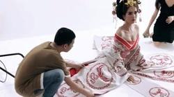 """Ngọc Trinh bắt chước Phạm Băng Băng, hóa thân thành Võ Tắc Thiên, """"áp bức"""" vòng 1 đến nghẹt thở"""