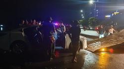 Xe ô tô lao xuống biển ở Hạ Long: 3 người đã tử vong