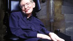 """""""Đúng, Stephen Hawking đã nói dối chúng ta về lỗ đen"""""""