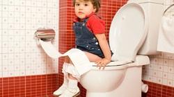 Trẻ bị táo bón mẹ làm ngay điều này đảm bảo hiệu quả hơn dùng kháng sinh