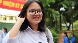 Ảnh: Thí sinh lớp 10 THPT Hà Nội vỡ òa sau khi kết thúc môn Tiếng Anh