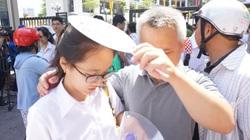 Thi vào lớp 10 tại Hà Nội: Phụ huynh lo lắng, bồn chồn tới mất ngủ