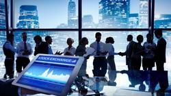 Thị trường chứng khoán 2/7: Đã đến lúc giải ngân?