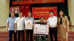 Phó Chủ tịch T.Ư Hội NDVN Nguyễn Xuân Định: Tặng quà thương binh, bệnh binh tại Phú Thọ