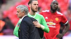 """HLV Jose Mourinho """"xát muối"""" vào nỗi đau của David de Gea"""