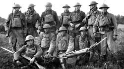 Kỳ lạ luật nước Mỹ: Ai muốn chiến tranh phải nhập ngũ trước!