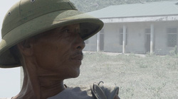 Trăm tỉ đổ vào dự án tái định cư: Dân vẫn phải lênh đênh trên đò