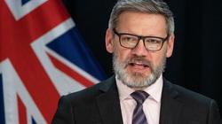 Bộ trưởng New Zealand mất việc vì yêu đương sai trái với cấp dưới