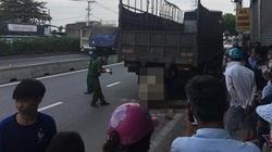 Sau cú đâm mạnh, thanh niên mắc kẹt và tử vong trong gầm xe tải