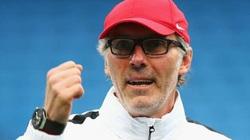 Barcelona mời cựu HLV ĐT Pháp thay Quique Setien?