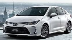Toyota Corolla Altis xả kho, giá chỉ còn từ 590 triệu đồng