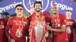 Mải ăn mừng chức vô địch, tiền vệ Liverpool nhận cái kết đắng lòng