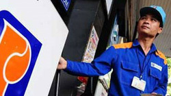 Giá xăng tăng hay giảm vào ngày mai?