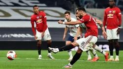 M.U giành vé dự Champions League nhờ vô đối về... penalty