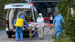 Chuyển thêm 8 bệnh nhân Covid-19 nặng ở Đà Nẵng ra Huế điều trị