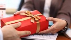 TP.HCM: 6 tháng đầu năm chỉ phát hiện 1 cán bộ nhận quà trái quy định