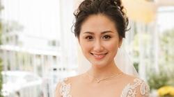 Thủ môn Phạm Văn Tiến hạnh phúc bên người vợ tài sắc song toàn