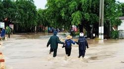 Đắk Lắk: Nhà ngập, xe trôi, nhiều thôn cô lập... sau trận mưa lớn