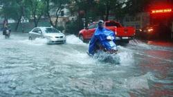 """Hà Nội đón """"cơn mưa vàng"""", miền Bắc nhiều nơi có thể có lốc, sét, mưa đá"""