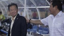 Sự cố trọng tài ở Quảng Nam: Bầu Hiển nói gì với ông Dương Văn Hiền?