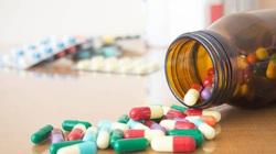 Nhiều thực phẩm chức năng quảng cáo như thuốc chữa bệnh