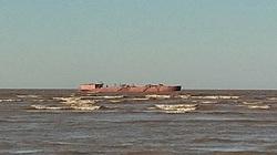 Nam Định: Hàng chục tàu hút cát uy hiếp khu dự trữ sinh quyển Cồn Mờ