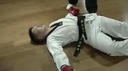 Chỉ 7 giây, võ sĩ Muay Thái đấm gục VĐV taekwondo Trung Quốc