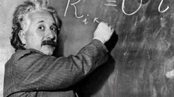 Vì sao Albert Einstein trở thành thiên tài vĩ đại?