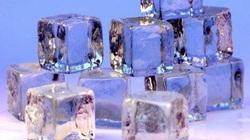 Vì sao nước nóng đông nhanh hơn nước lạnh?