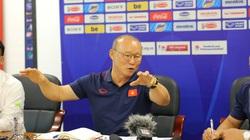 """HLV Park Hang-seo và VFF họp khẩn, ĐT Việt Nam """"vỡ kế hoạch"""""""
