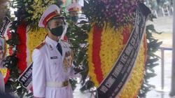 Tổng Bí thư, Chủ tịch nước gửi vòng hoa viếng nguyên Tổng Bí thư Lê Khả Phiêu