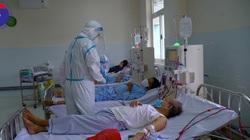 Cận cảnh chạy thận nhân tạo cho bệnh nhân Covid-19
