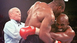 Mike Tyson kiếm được bao nhiêu từ pha cắn tai Evander Holyfield?