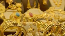 Diễn biến sức khỏe Tổng thống Trump quyết định đà tăng của giá vàng tuần tới?