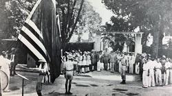 """Lễ chào cờ """"quốc tế"""" đầu tiên ở Hà Nội ngay sau Cách mạng tháng Tám"""