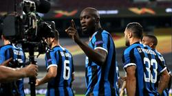 Inter Milan mất chức vô địch nhưng Lukaku và Godin vẫn... lập kỳ tích